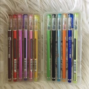 Other - 🐶 (3/$20!) 🖊 🖌Gel pen set like new!